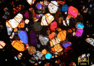 隕石の研磨薄片